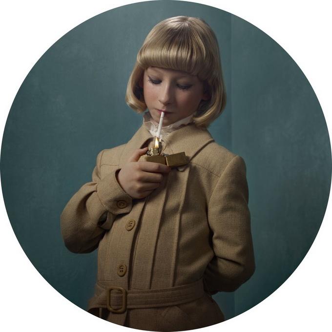 Les enfants fumeurs vus par Frieke Janssens