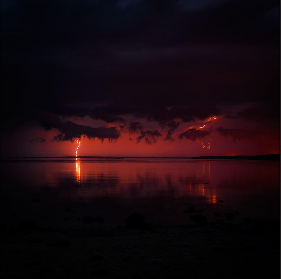 Photo du jour #86 : Summer thunderstorm