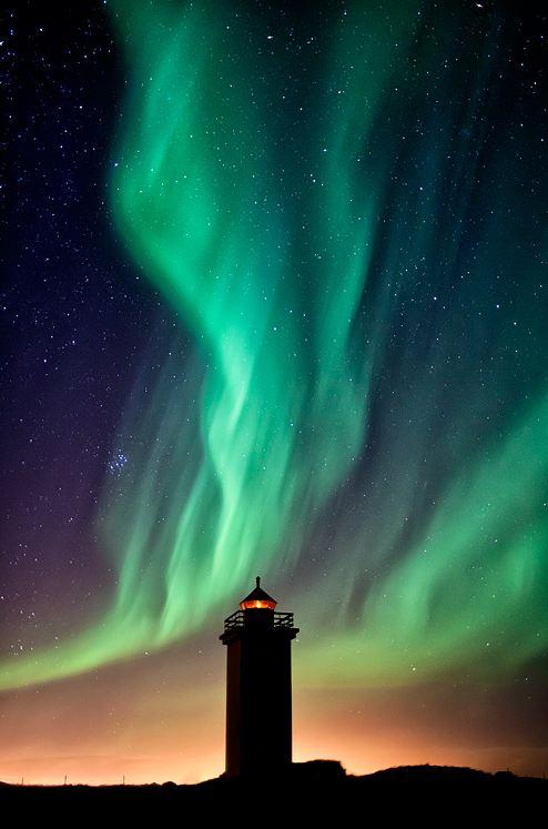 Photographie du jour #192 : Stafnes Lighthouse & The Aurora