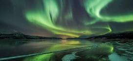 Time lapse sur la beauté des Aurores Polaires