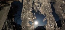 La beauté d'une nuit polaire à Finnmark – time lapse