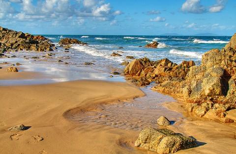 rocky-beach-hdr