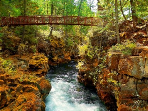 rogue-river-gorge-wallpaper
