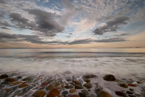 stone-beach-impressions