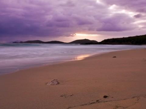 zoni-beach