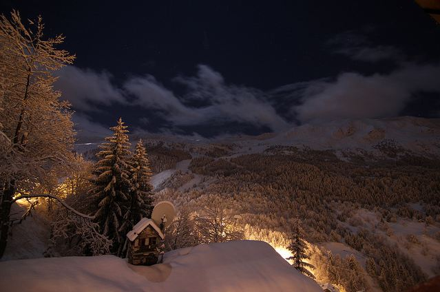 Photo of Time lapse des  Alpes la nuit