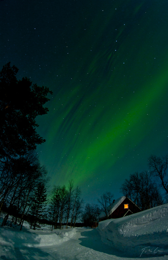 Photo of Photo du jour #112 : Aurora over the cottage