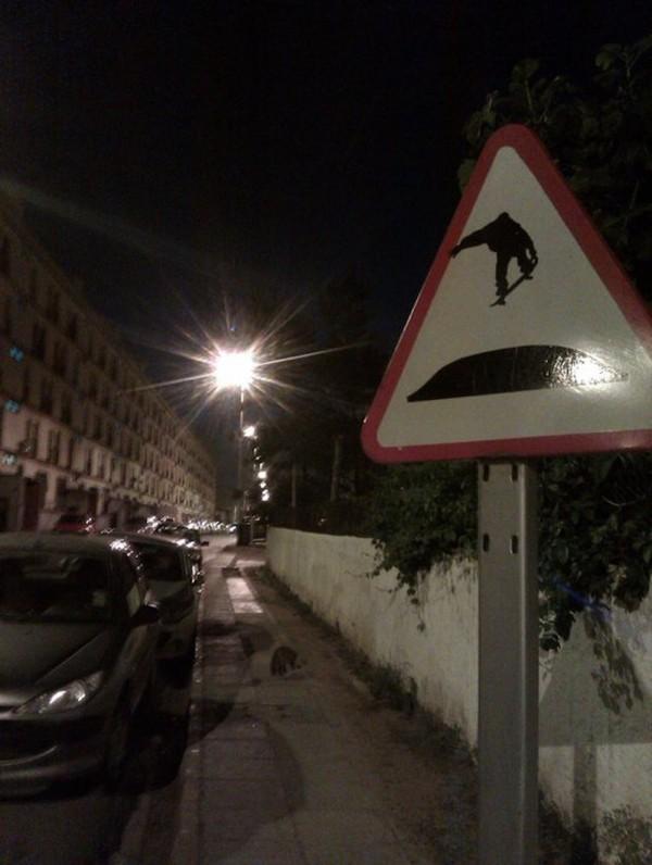 street-art-Jinks-Kunst-panneaux-détournés (1)