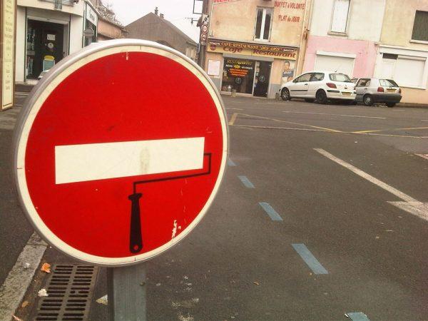 street-art-Jinks-Kunst-panneaux-détournés (27)