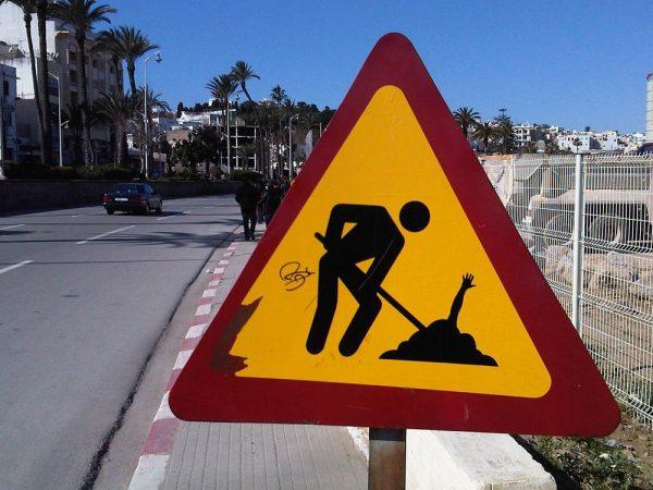 street-art-Jinks-Kunst-panneaux-détournés (37)