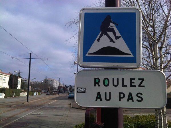 street-art-Jinks-Kunst-panneaux-détournés (4)