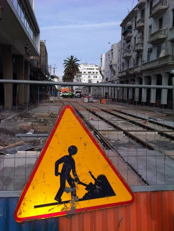 street-art-Jinks-Kunst-panneaux-détournés (5)