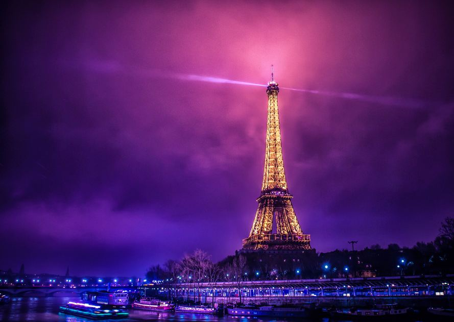 Foggy-Paris