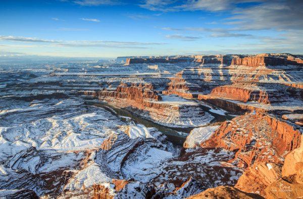 Time lapse des montagnes enneigées de l'Utah - ouest des États-Unis