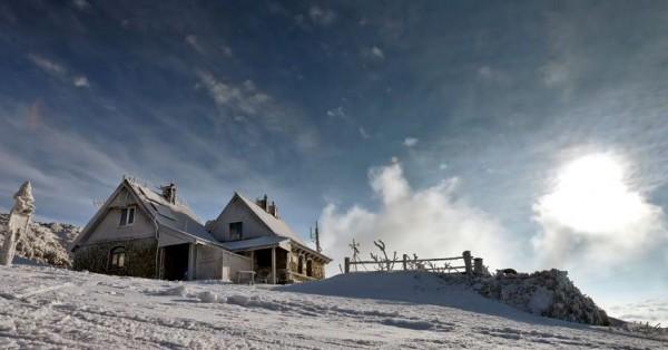 Time lapse de la chaîne de montanges Bieszczady