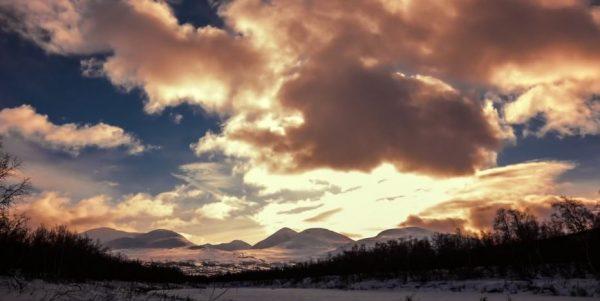 Time lapse des paysages du cercle arctique - Norvège & Suède