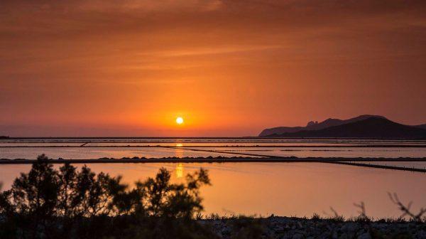 Time lapse sur la beauté de l'île d'Ibiza