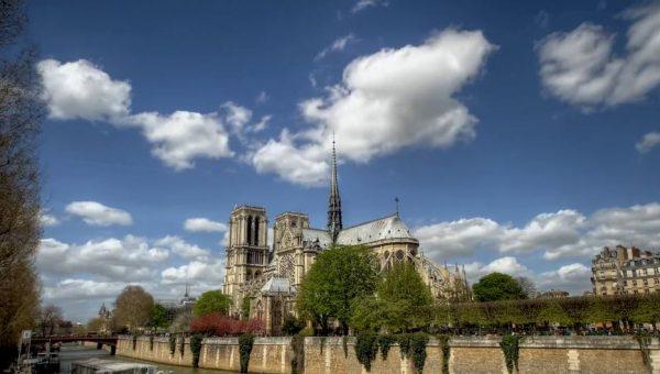 Time lapse de Paris en HDR - La ville des Rois