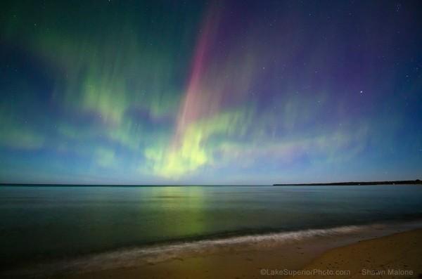 Time lapse du ciel nocturne du Michigan - Aurores Polaires