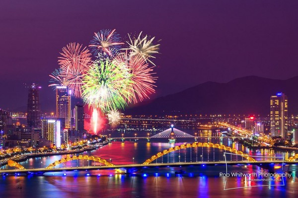 Time lapse du concours International de Feux d'artifice 2013 à Danang