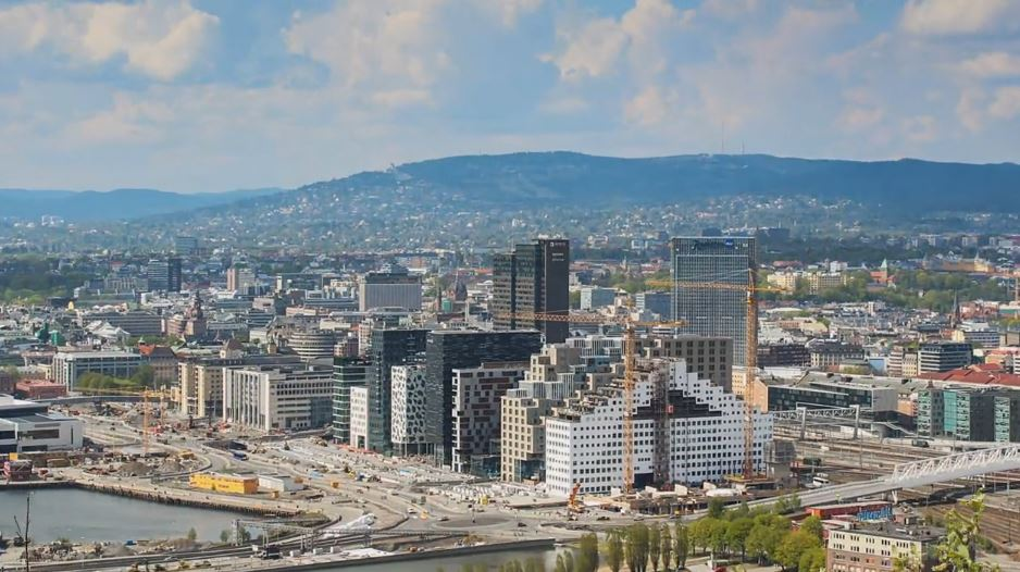 Photo of Time lapse de la ville d'Oslo – Norvège