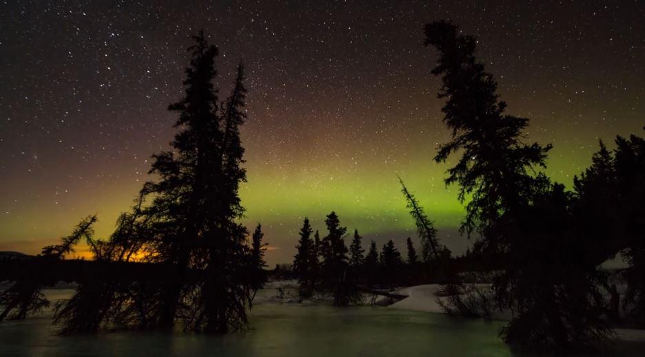 Photo of Vidéo sur la beauté des Aurores Polaires de Yukon – Canada