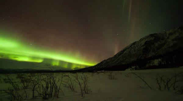 Vidéo sur la beauté des Aurores Polaires de Yukon - Canada