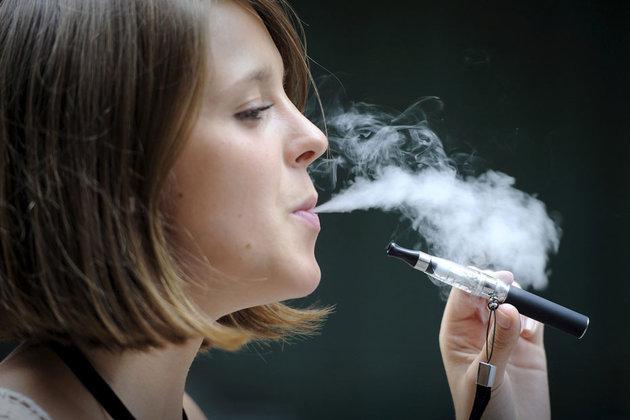 Photo of La cigarette électronique est-elle dangereuse pour la santé ?