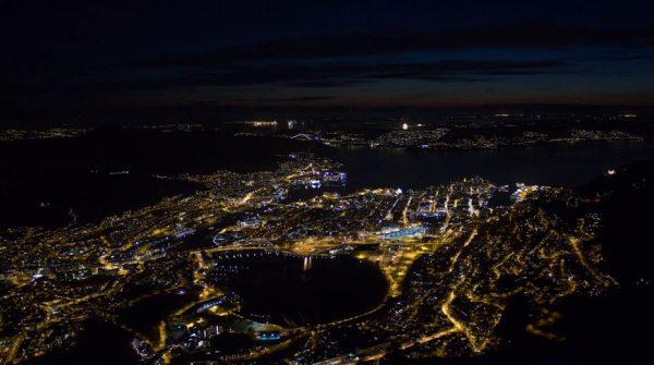 time-lapse-nocturne-bergen-norvege