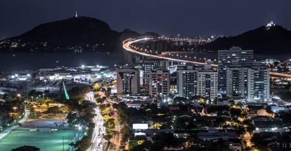 time-lapse-nocturne-vitoria-bresil