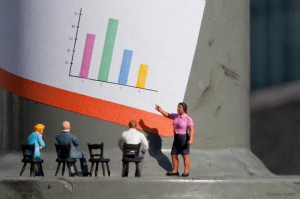 little-people-street-art-slinkachu (3)