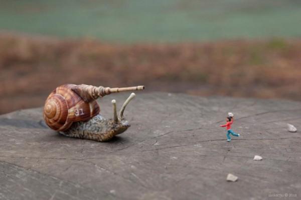 little-people-street-art-slinkachu (7)
