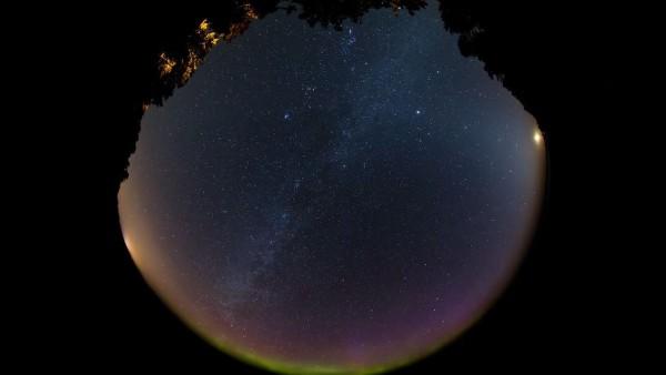 time-lapse-aurora-lac-superieur