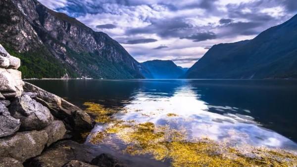 fjord-norvegien-time-lapse