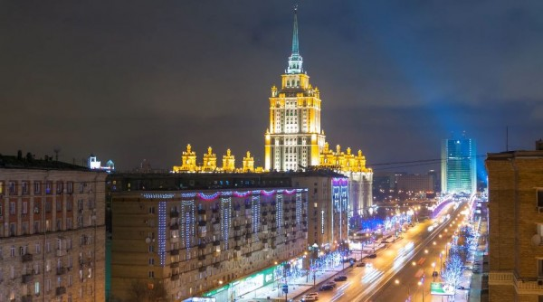 nuit-moscou-time-lapse