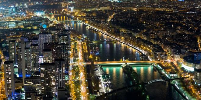 Paris, la nuit depuis le 3ème étage de la Tour Eiffel