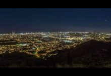 Photo of La beauté de Barcelone et de ses alentours la nuit
