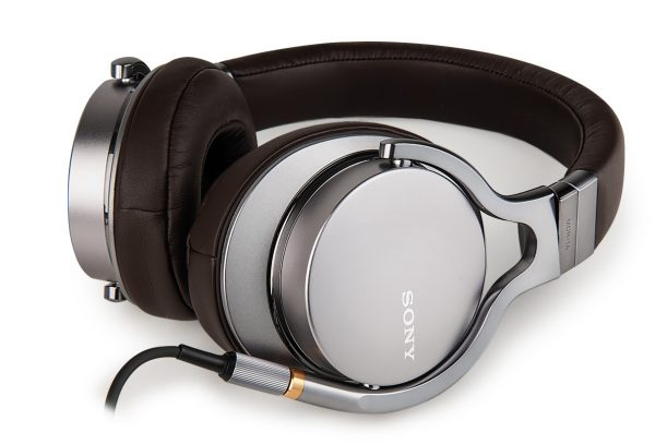 decouverte-casque-haute-resolution-sony-mdr-1a (1)
