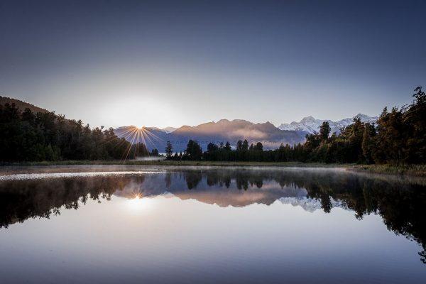 montagnes-mer-time-lapse-nouvelle-zelande