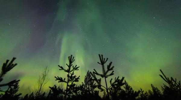 nuit-finlande-aurores-polaires