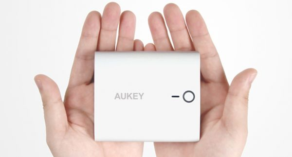 decouverte-chargeur-externe-aukey-10000mah (5)