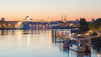 Photo of La ville de Bordeaux dans un super time lapse