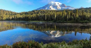 Photographie Rainier Reflected