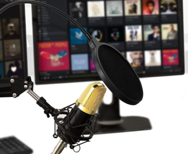 Decouverte Microphone Condensateur Professionnel Support Aukey (4)