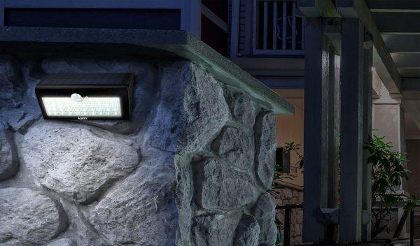 Aukey Eclairage Exterieure Lampe Solaire 38 Led (3)